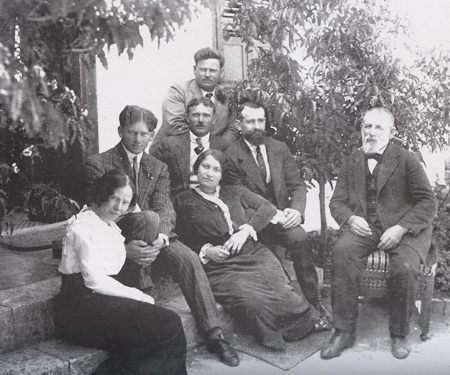 The Aaronsohn family with Haim Abraham